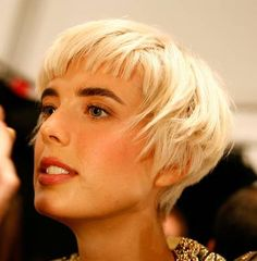 Agyness Deyn. I really like the sides and back of this short bob, but I think I might change the bangs a little. I normally like small bangs, but they kind of detract from the sweetness of the rest of this cut.