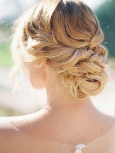 Wedding hairstyle idea;  Featured Photographer: Maraluce