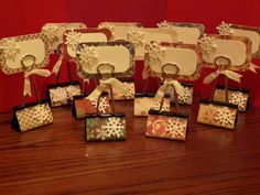 More binder clip placecard holders...