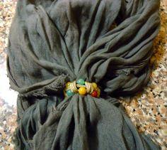 Casa Rosamunda  : Fermiamo i foulard con le cialde del caffè.   Due ...