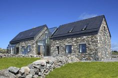 Stone House designed by Peter Legge Associates ;-Stone House designed by Peter Legge Associates ; Connemara / Ireland Stone House designed by Peter Legge Associates ; Irish Cottage, Stone Cottages, Stone Houses, Glass Houses, Cottage Interiors, Cottage Homes, Farmhouse Plans, Modern Farmhouse, Cottage Extension