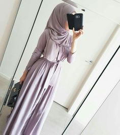 Image in Hijab styles collection by free spirit Islamic Fashion, Muslim Fashion, Modest Fashion, Fashion Outfits, Hijab Mode, Mode Abaya, Modest Wear, Modest Outfits, Hijab Style