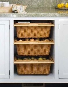 Stock ingredients like onions and potatoes require specific storage conditions; they do well in dark areas but still need air circulation. A cabinet outfitted with removable baskets delivers bespoke storage for keeping staples fresh.