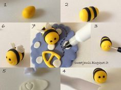 Step by Step Cupcake Toppers Bee & Dog by Sweet Janis