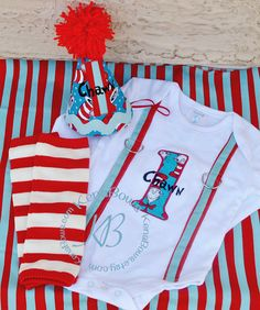 Feeding Dr Suess/cat In Hat Handmade Cotton Bib And Dummy Clip Newborn To 6 Month Baby