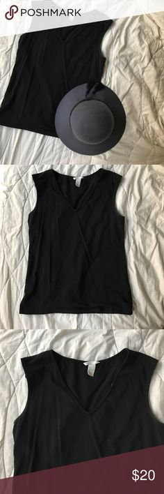 Black V-Neck Top Cute top only worn a handful of times Tops Tank Tops