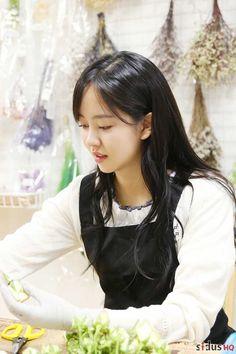 World Most Beautiful Woman, Beautiful Asian Girls, Kdrama, Kim So Hyun Fashion, Kim Sohyun, Bridal Mask, Kim Yoo Jung, Yoo Ah In, Girl Artist