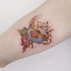 tatuagem colorida feminina delicada:braço preenchido pequena delicada desenho #tattoo grande cobrir