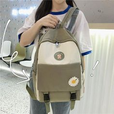 College Style, College Fashion, Men's Backpack, Fashion Backpack, Backpacks For College Girl, Korean Student, Cool Backpacks, Herschel Heritage Backpack, Small Bags