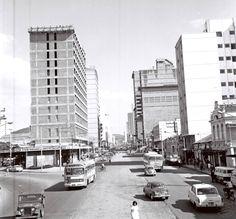 Maria do Resguardo fotos antigas e raras de Juiz de Fora: Avenida Rio Branco co Av. Getúlio Vargas, década de 1960 (foto autoria de Roberto Dornellas).