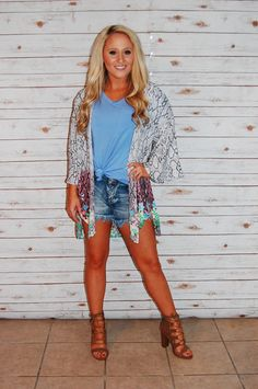 Looking for the perfect transition cardigan for spring? This is the pick for you! ✨ Cardigan- $43, free shipping! Piko top- $20, free shipping! Shorts- $30, free shipping! Chunky Heels- $32, free shipping! #champagnewishes www.champagnewishesbtq.com