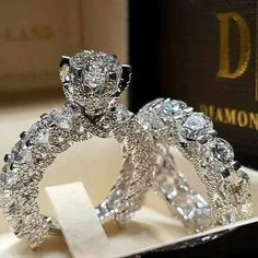 Ailend accepts custom jewelry crystal ring set European and American inlaid rhinestone fashion pair ring female party gift - Jewelry Stores NYC Engagement Wedding Ring Sets, Diamond Wedding Rings, Bridal Rings, Wedding Bands, Wedding Set, Engagement Jewelry, Solitaire Rings, Trendy Wedding, Wedding White