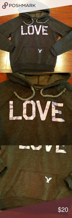 American Eagle Outfitters hoodie like new . American Eagle Outfitters Tops Sweatshirts & Hoodies