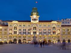 Trieste, Beautiful Scenery, Beautiful Places, Italy Travel, Wander, Places To Go, Louvre, Around The Worlds, Europe