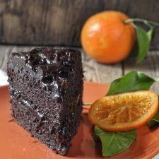 Νηστίσιμη τούρτα σοκολάτας Chocolate Avocado Cake, Vegan Chocolate, Smoothies, Desserts, Recipes, Food, Smoothie, Tailgate Desserts, Deserts