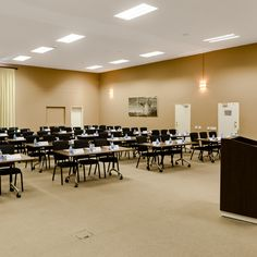 Conference School Room Style