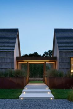 envibe:  ❛ Piersons Way ❜ Location: East Hampton, New York, USADesigned by: Bates Masi ArchitectsPhotographer: Michael MoranPost II by ENVIBE