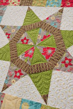Rising Star quilt by Heather Mulder Peterson | Angles with Ease | Anka's Treasures