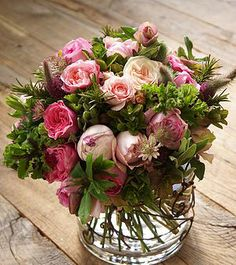 rosesDiscovered by Pinterest @appellesapothecary  www.appelles.com  #inspiration