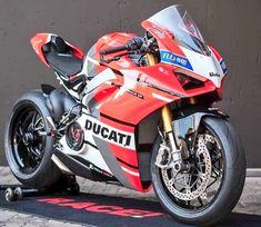 Ryan Gregory (@RGrego1) on Twitter Ducati Superbike, Moto Ducati, Yamaha R6, Hyabusa Motorcycle, Motorcycle Dirt Bike, Bobber Bikes, Ducati Motorcycles, Custom Street Bikes, Moto Car