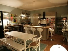 An ikea varde free standing kitchen in a farmhouse outside carrowdore in coun - Carrelage vintage cuisine ...