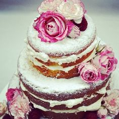 "I am really liking the look of some of the ""naked cakes"" I'm seeing lately. This one is lovely :-)"