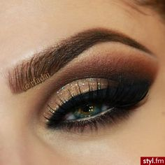 Chocolate Shadow with Touch of Glitter