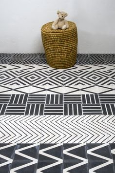 patterned tile. Charcoal & White, looks fab!