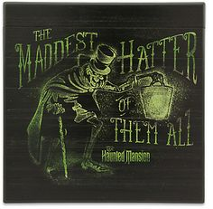 The famed Hatbox Ghost uncovers an eerie, antiqued wooden sign dead-icated to ''The Maddest Hatter of All,'' a spirited souvenir of your visit to The Haunted Mansion attic at Disneyland. Disney Home, Disney Fun, Disney Magic, Disney Stuff, Disney Crafts, Haunted Mansion Halloween, Disney Halloween, Halloween Ideas, Halloween Fashion