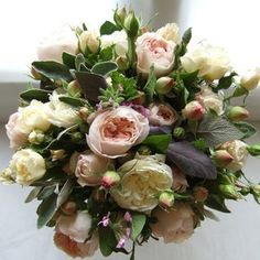 Google Image Result for http://www.myweddingflowerideas.co.uk/british-grown-wedding-flowers/autumn-roses-wedding-bouquet_e.jpg