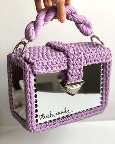 Captivating All About Crochet Ideas. Awe Inspiring All About Crochet Ideas. Crotchet Bags, Knitted Bags, Diy Handbag, Diy Purse, Crochet Handbags, Crochet Purses, Crochet Purse Patterns, Crochet Shell Stitch, Crochet For Beginners Blanket