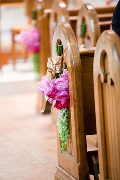 Aisle Style - 30 Incredibly Pretty Pew Ends Pew Flowers, Hanging Flowers, Pew Markers, Pew Ends, Aisle Style, August Wedding, May Weddings, Outside Wedding, Event Styling