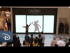 Sombras de personagens da Disney divertem público em shopping