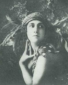 Tamara Karsavina  1885 - 1978  Mariinsky Ballet, Ballets Russes