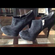 """Mark Fisher suede shoes 5 like new condition Mark Fisher suede shoes 5 like new condition worn 2 times no wear on back of shoes or material. Color is black and zips up side  beautiful shoes 4"""" heal Marc Fisher Shoes Ankle Boots & Booties"""