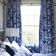 Perosita Fabric from the Indigo Bleu collection by William Yeoward fro Designers Guild. A linen blend fabric with a printed floral bouquet in blues on an indigo ground. Home Interior, Interior Design, Blue And White Fabric, Blue Curtains, Bedroom Curtains, Cheap Bed Sheets, Modern Colors, Luxury Home Decor, Bed Styling