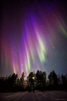 Auroras boreales desde Imandra, Murmansk, Rusia. 6 de abril de 2014 Crédito: Valentin Jiganov