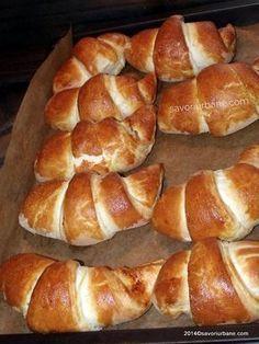 Focaccia Bread Recipe, Best Bread Recipe, Romanian Desserts, Romanian Food, Romanian Recipes, Pastry And Bakery, Sweet Pastries, Savory Snacks, Dessert Bars
