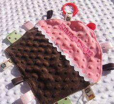 Taggie Minky Cupcake