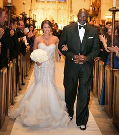Yvette Prieto and Michael Jordan - This duo spent $10 million on their Florida golf course wedding. The bride wore a one-of-a-kind handmade french silk and lace dress that looked stunning on her. Usher and Robin Thicke sang at their blow out bash.