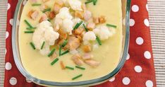 Karfiolová polievka so šunkou - dôkladná príprava krok za krokom. Recept patrí medzi tie najobľúbenejšie. Celý postup nájdete na online kuchárke RECEPTY.sk. Potato Salad, Soup, Potatoes, Ethnic Recipes, Potato, Soups