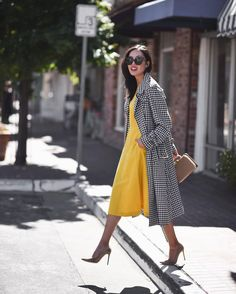 Fabulous printed trench with a vibrant midi dress – such a perfect outfit in every respect! x