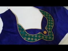 blouse design Hello Viewers , Welcome To akanksha fashion channel In this video i show you how to make easy simple and beautiful blouse back neck design cutt. Patch Work Blouse Designs, Stylish Blouse Design, Fancy Blouse Designs, Salwar Neck Designs, Saree Blouse Neck Designs, Dress Neck Designs, Kalamkari Dresses, Designer Blouse Patterns, Tailor Shop
