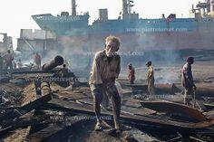 shipbreaking-yards-bangladesh-chittagong-057.jpg (600×400)