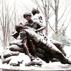 The Vietnam Women's Memorial is just as powerful, beautiful in #snow.
