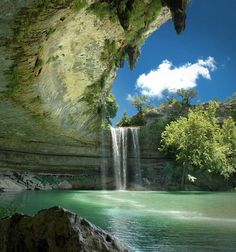 I wanted to go here so bad when I was there in April!!  Hamilton Pool Preserve, Dripping Springs, Texas
