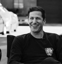 Jake Peralta - Brooklyn nine-nine Andy Samberg, Brooklyn Nine Nine, Brooklyn 9 9, Brooklyn 99 Actors, Love Quotes Funny, Funny Love, Saturday Night Live, Jake And Amy, Jake Peralta