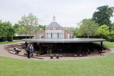 ヘルツォークらのパビリオン、ロンドンで公開中|日経BP社 ケンプラッツ