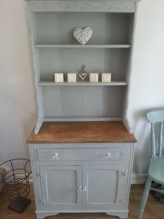 SOLD Small Shabby Chic Welsh Dresser In Paris Grey 14900