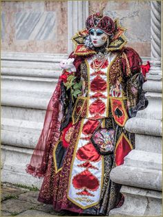 Detailed costume with spade motif....awesome.... Carnaval of  Venise 2016